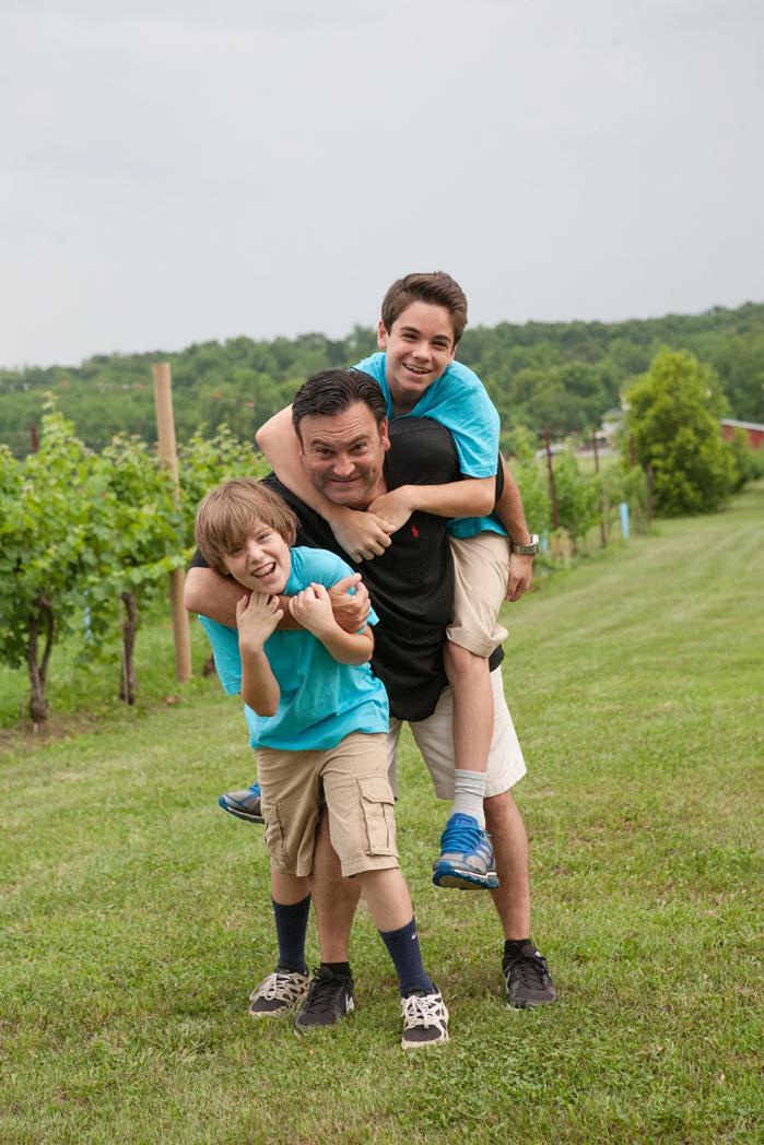 fabbioli vineyard family photography