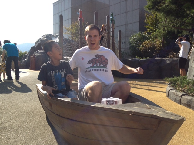 Craig and his new found first mate rowing for dear life
