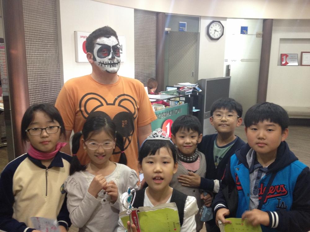 Me and Galaxy 1A (L-R: Annie, Angel, Daisy, ??(random kid), Tim, Justin
