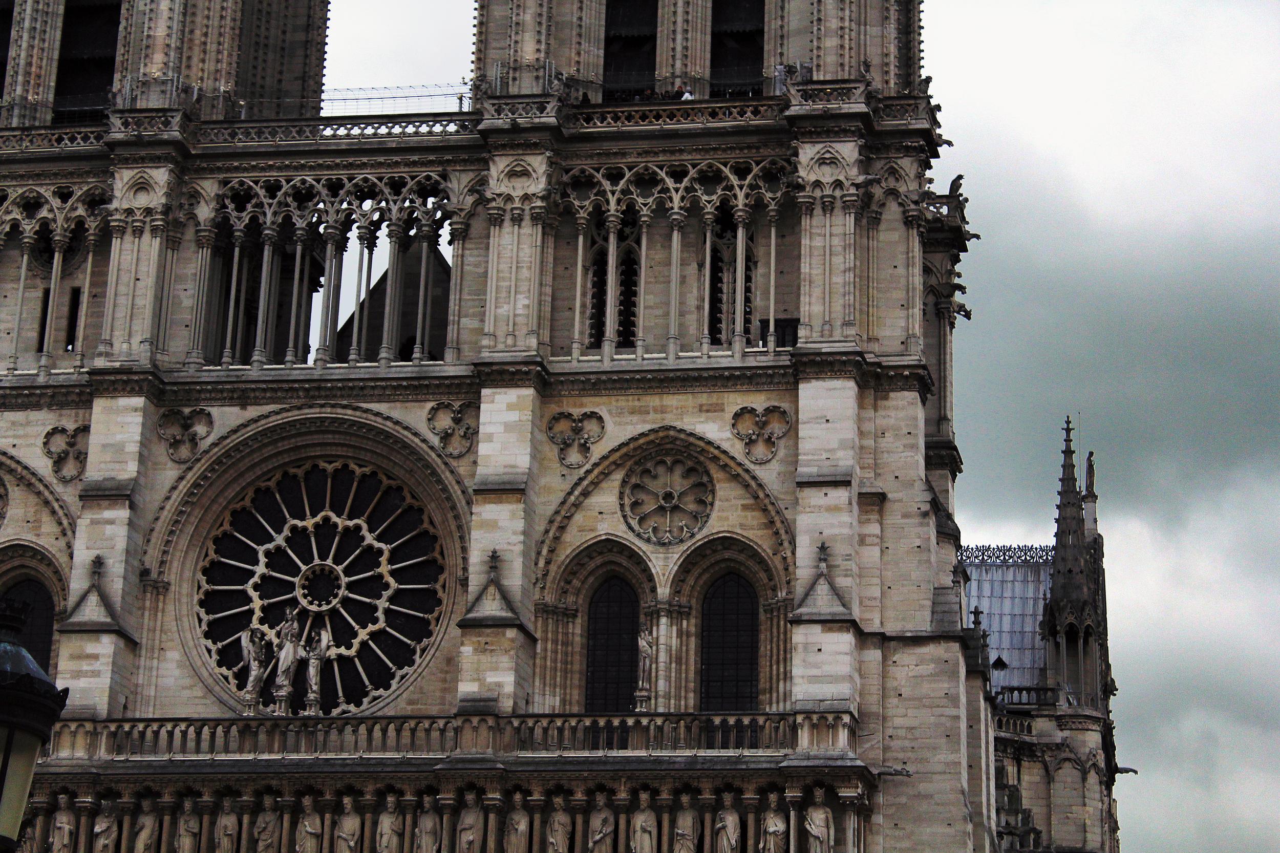 Paris_notre_dame.jpg