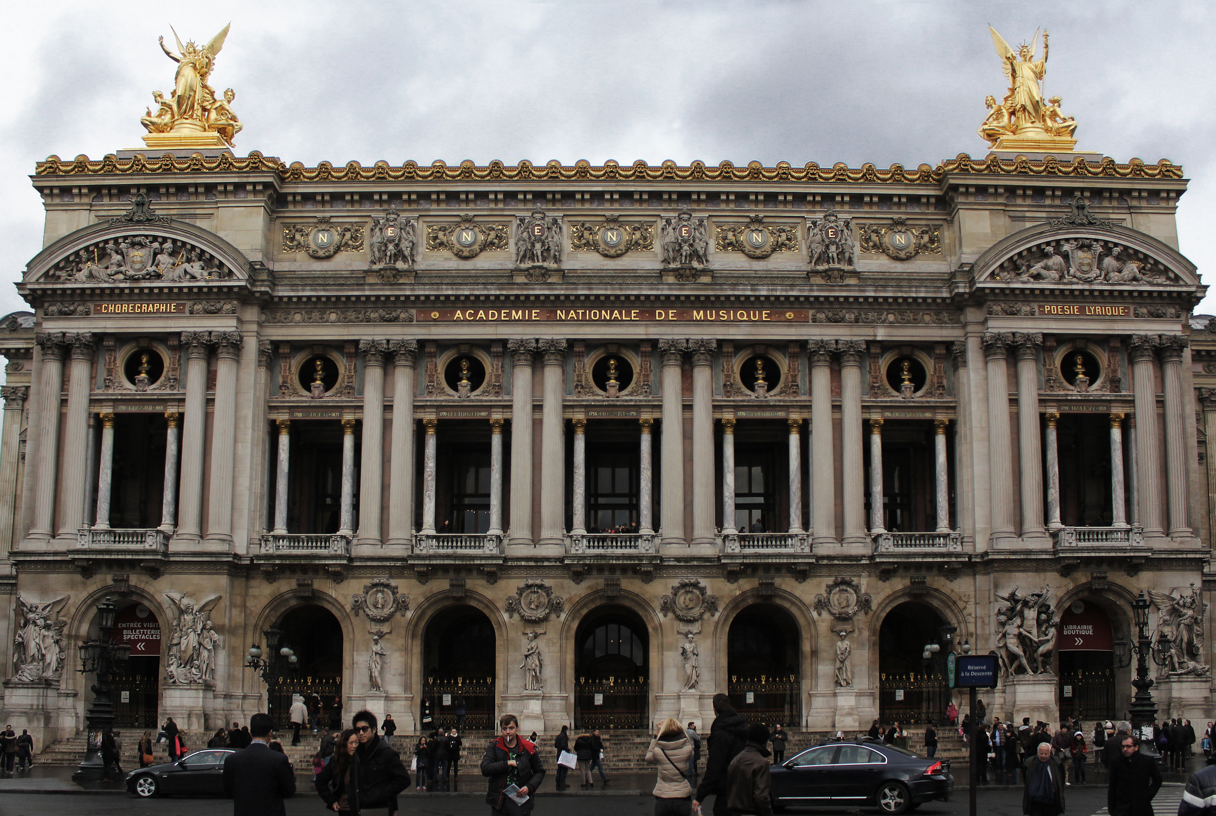 Paris_opera_house.jpg