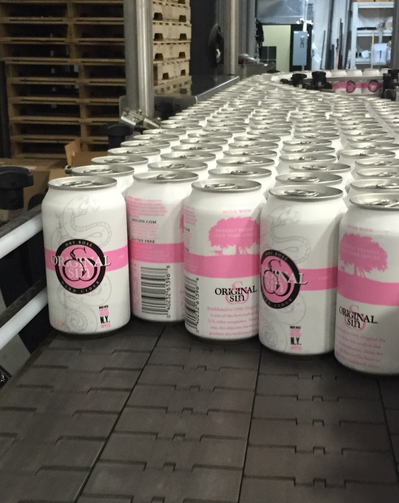 We had a busy week of production! Look for our Dry Rosé Cider 12oz cans soon. They are made with 100% freshly pressed New York apples!!