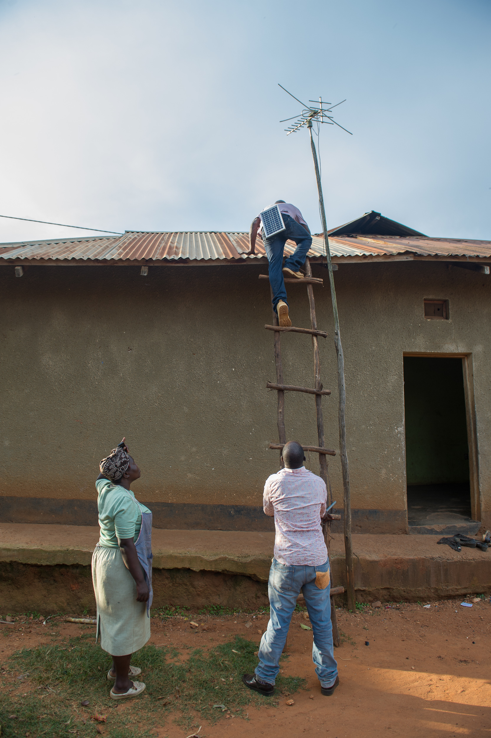 Josephine's house is connected to the grid but the electricity goes out routinely.She's adding a solar panel on the roof to help reduce her bills and keep the lights on even when the main power is out.