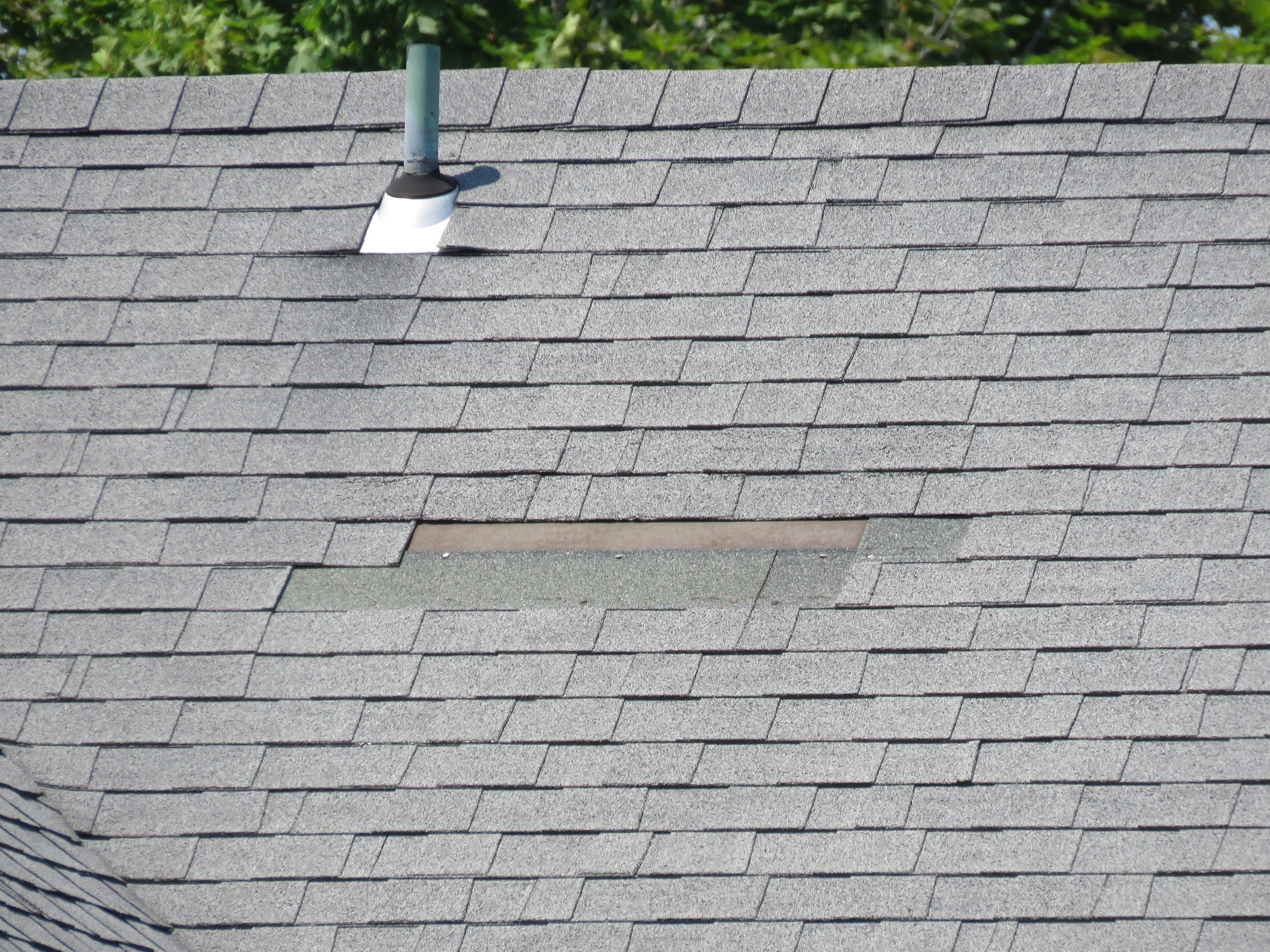 Roof Online - Missing Asphalt Shingle - Image 1.JPG