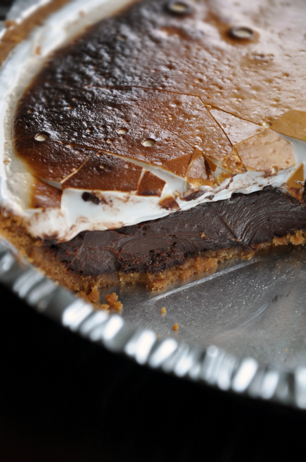 Smore-Pie_cross-section_447.jpg