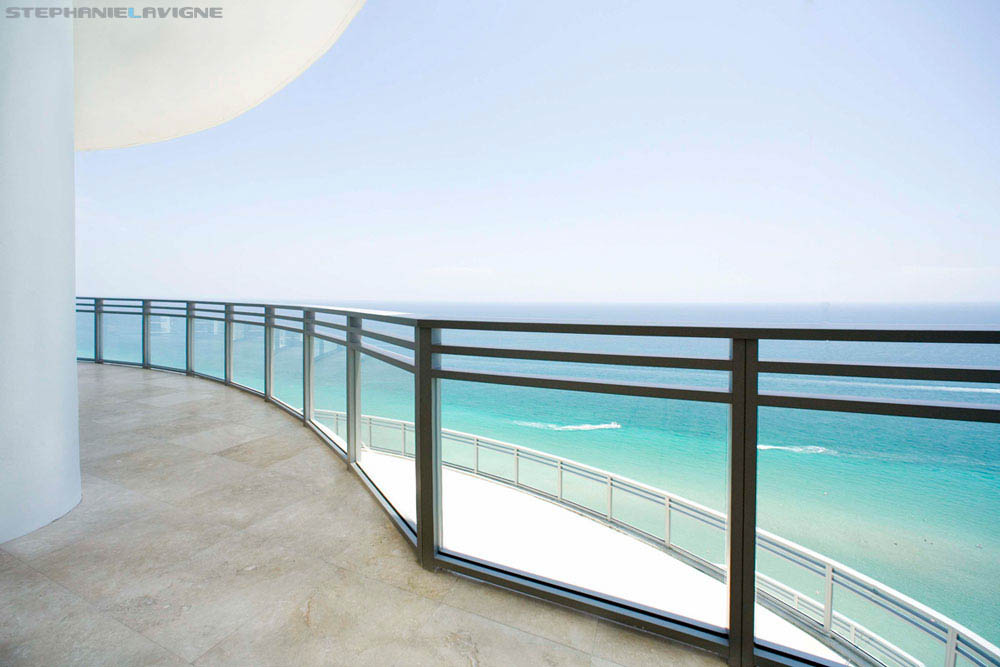 Steph-LaVigne-Miami-Architectural-Photography-Modern-Tropical-Oceanview.jpg