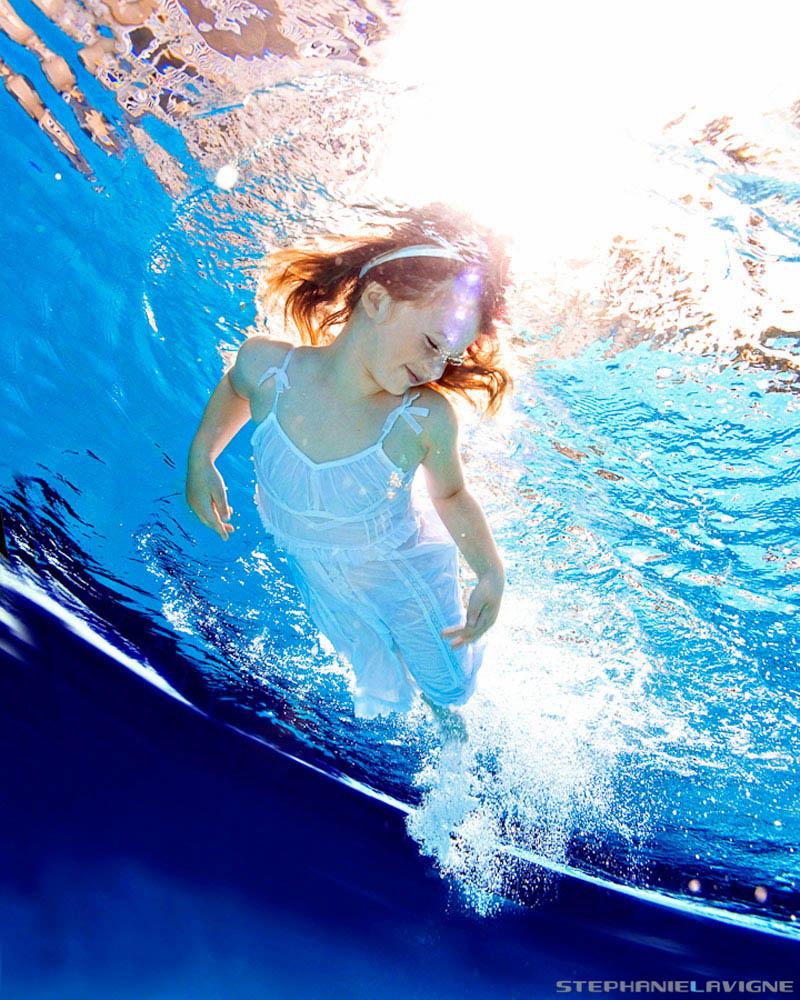 StephLaVigne-Underwater-Kids-Artsy-Swimming-Angel.jpg