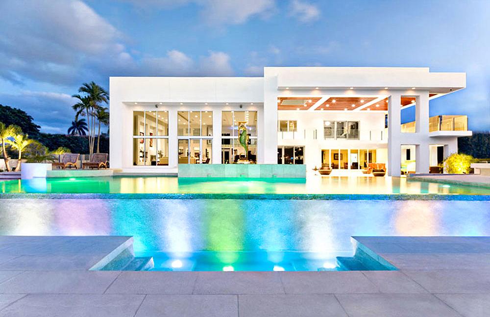 Steph-LaVigne-Modern-Miami-Waterfront-Mansion-Exterior-RHOM.jpg