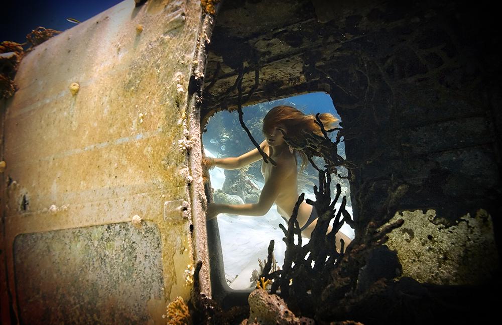 Underwater Art + Editorial