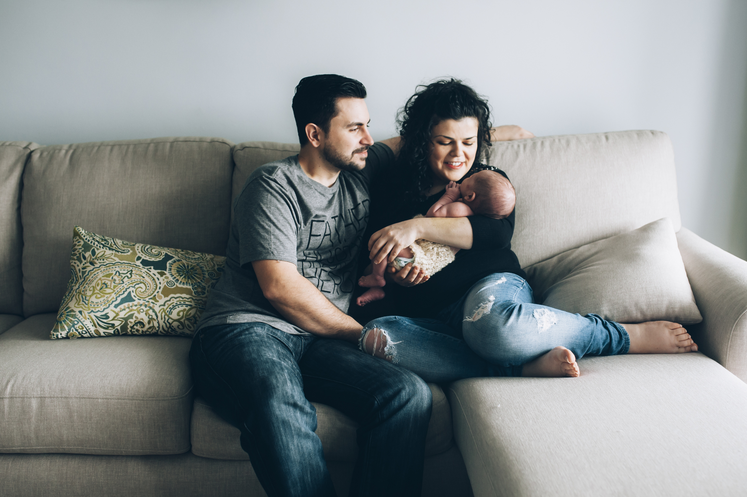 lifestyle photographer, lifestyle phoyography, newborn, Burlington