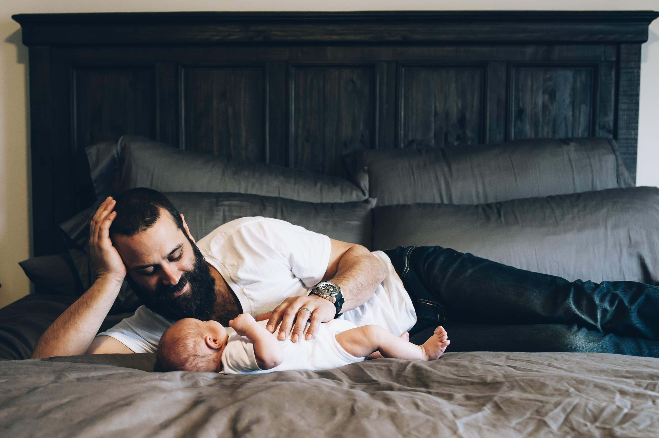newborn photography, newborn, Burlington Lifestyle photographer, lifestyle