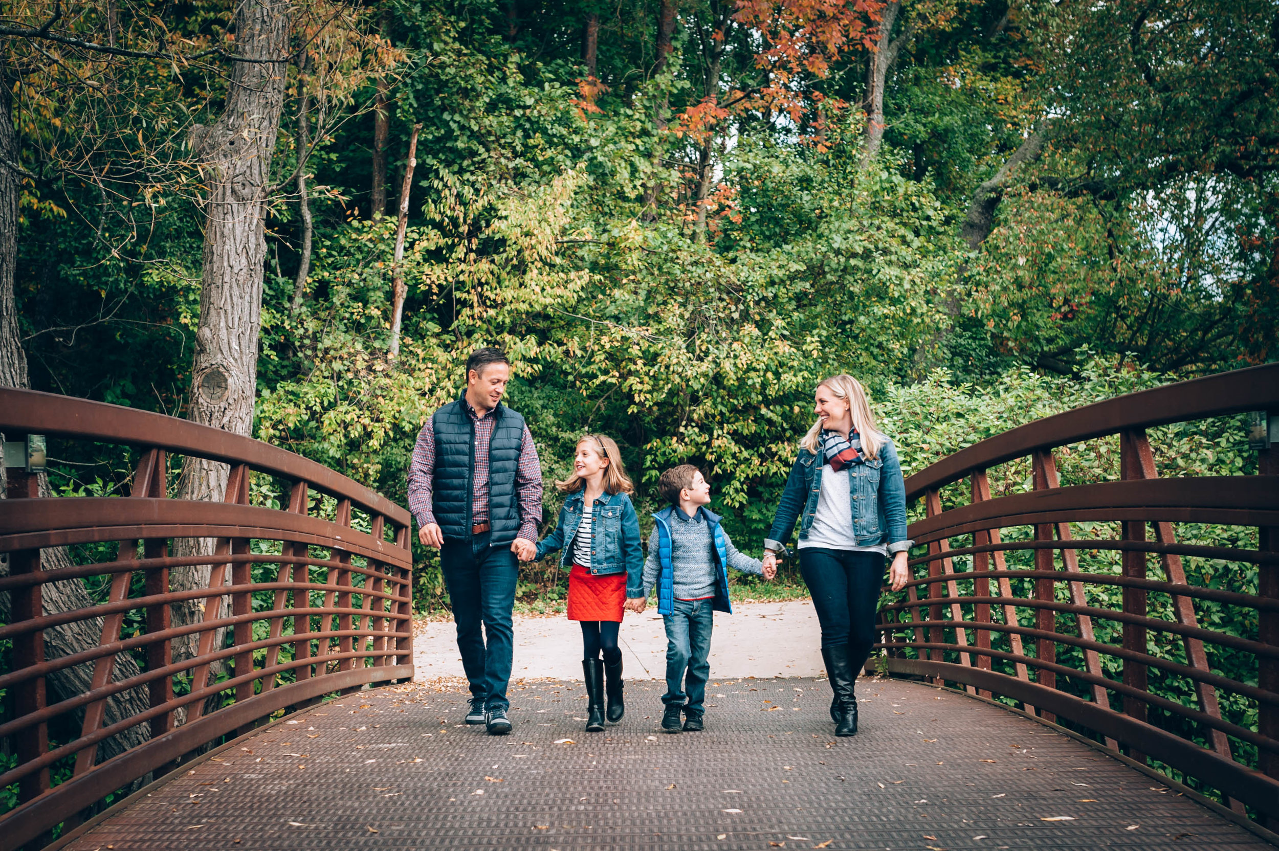 family session, burlington family photographer, fall session, Lowville Park, burlington, family photographer