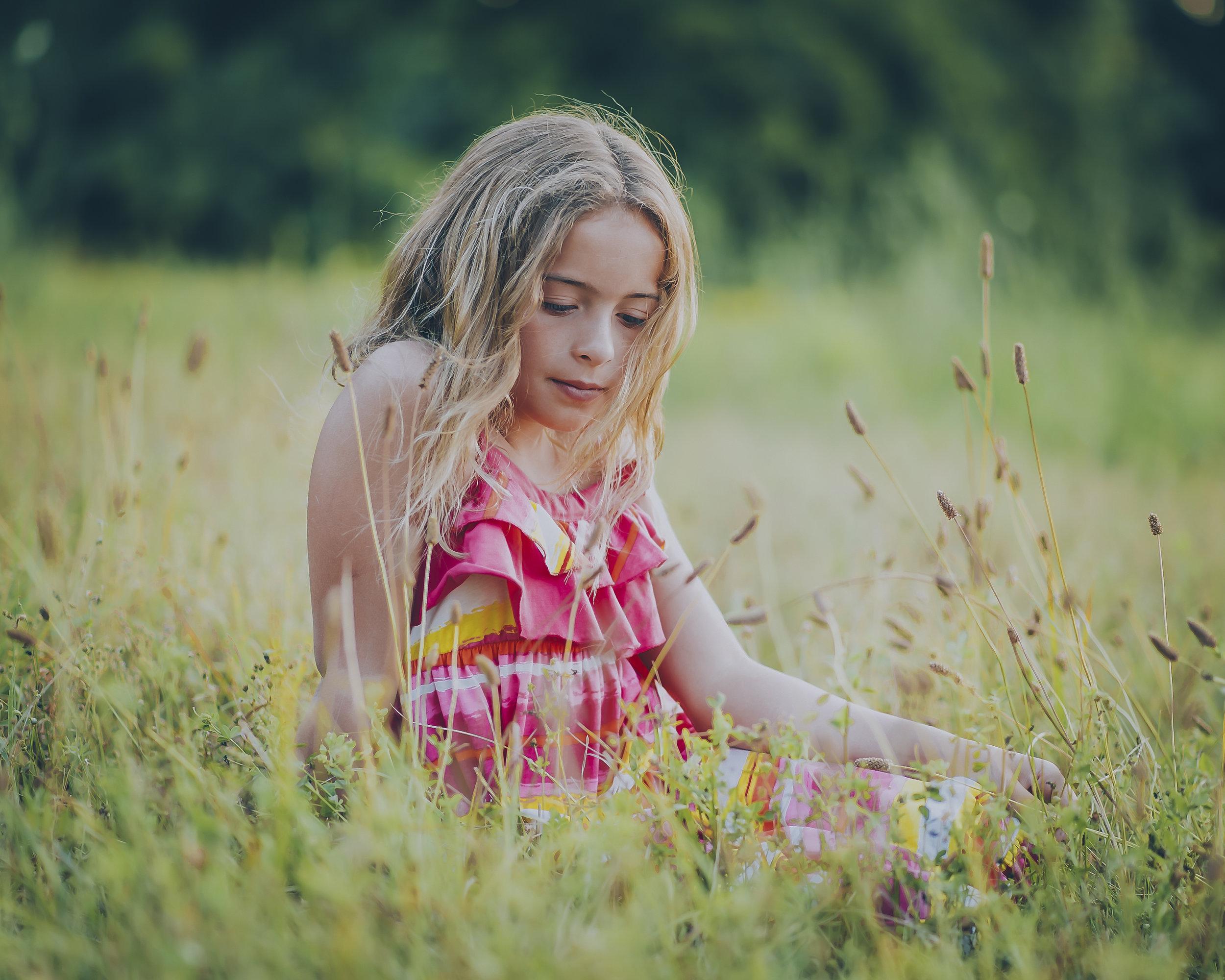 Burlington's children's photographer, lifestyle photographer, kids,