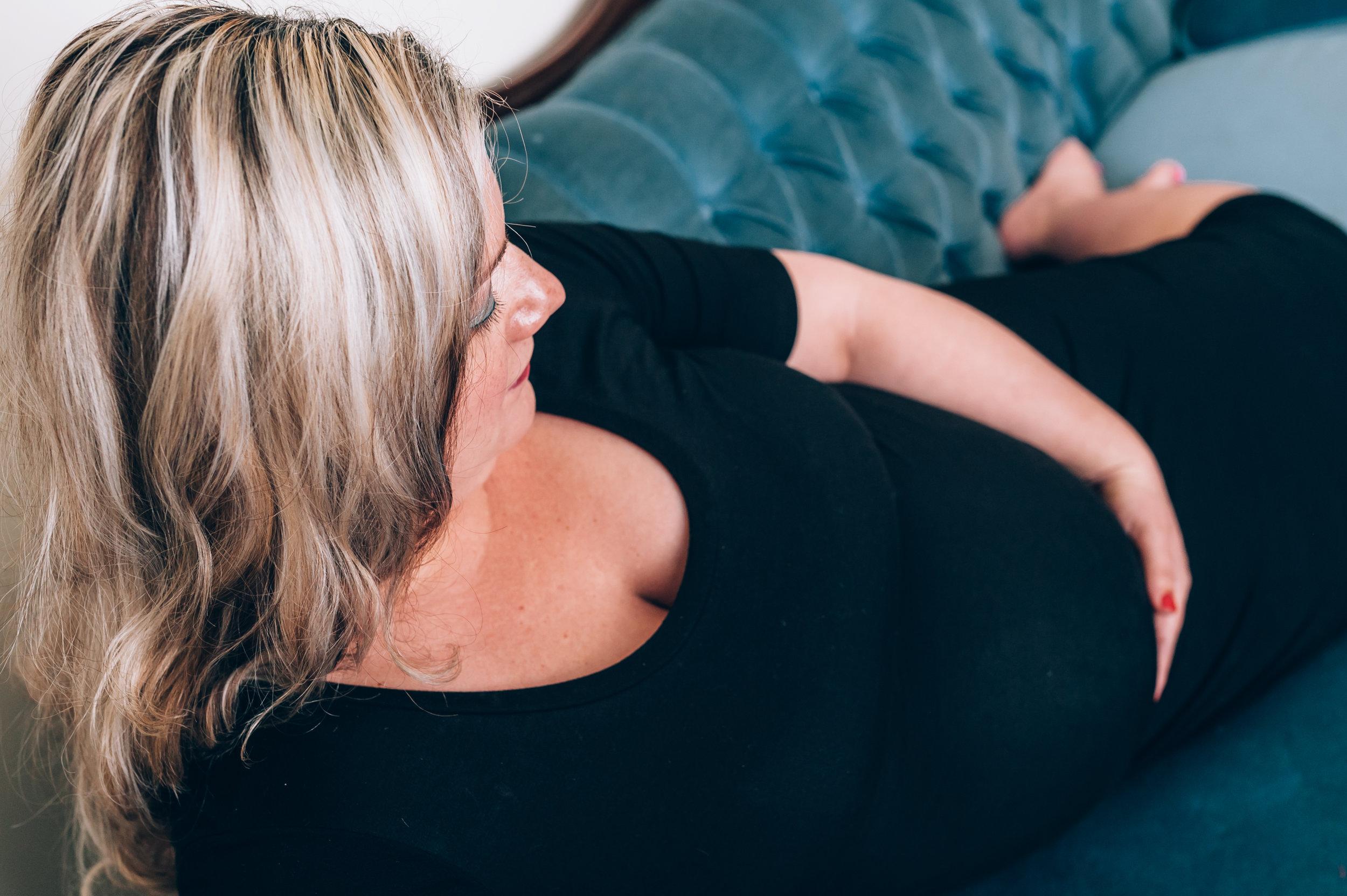 maternity, burlington maternity photographer, maternity photographer, lifestyle photographer