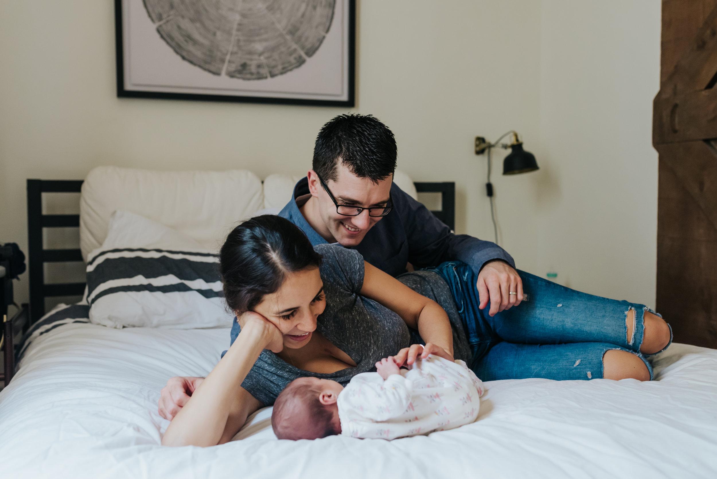 burliongton family photographer, newborn , newborn photographer, lifestyle photographer, baby, in home sessions