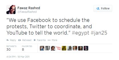 """En este tuit puede leerse """"Nosotros usamos Facebook para calendarizar las protestas, Twitter para coordinarnos y YouTube para contarle al mundo""""."""