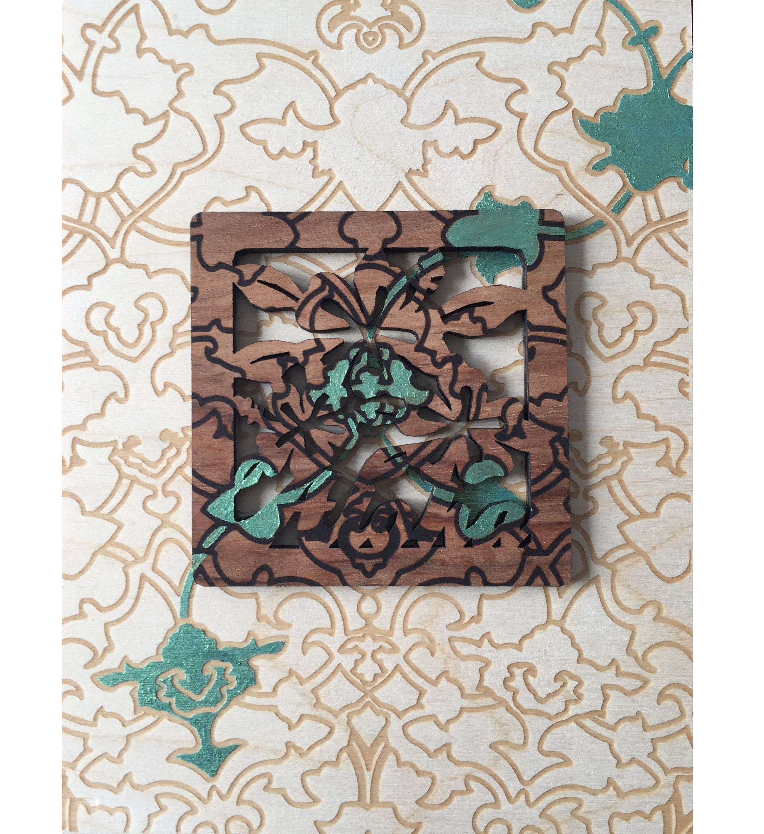 A Trace of Traceless: Honolulu, 2016 Acrylic & laser-etching on a found object on wooden panel 8″ x 6″
