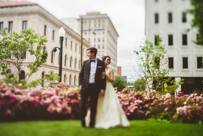 011 - freelensing in richmond wedding portrait nathan mitchell photography.jpg