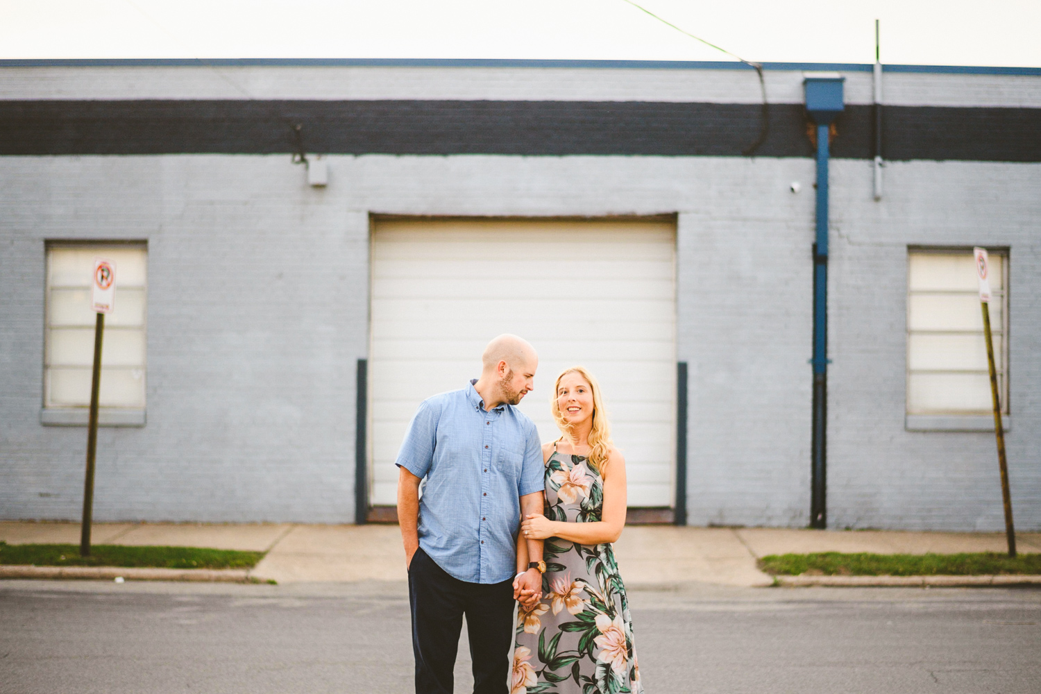 013 - engagement session in scotts addition richmond virginia.jpg
