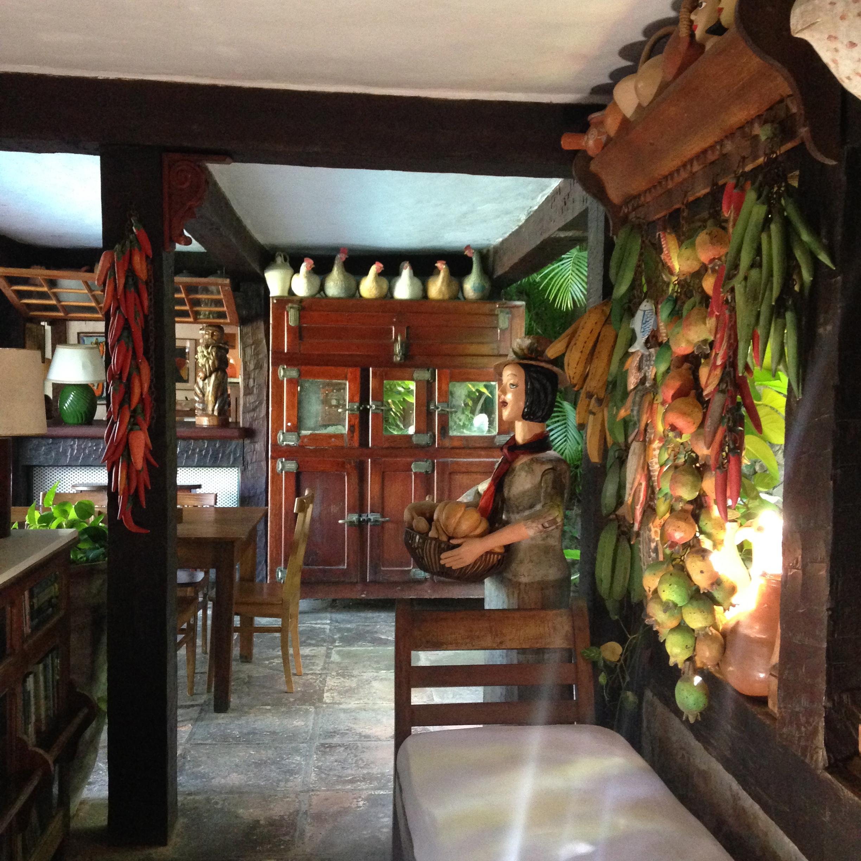 Traditional brazilian crafts in Buzios