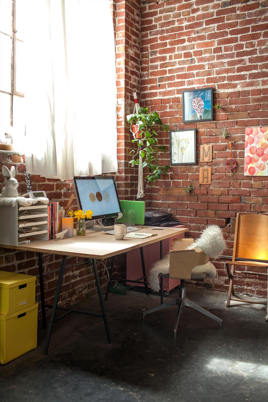Melanie_StudioShot10.jpg