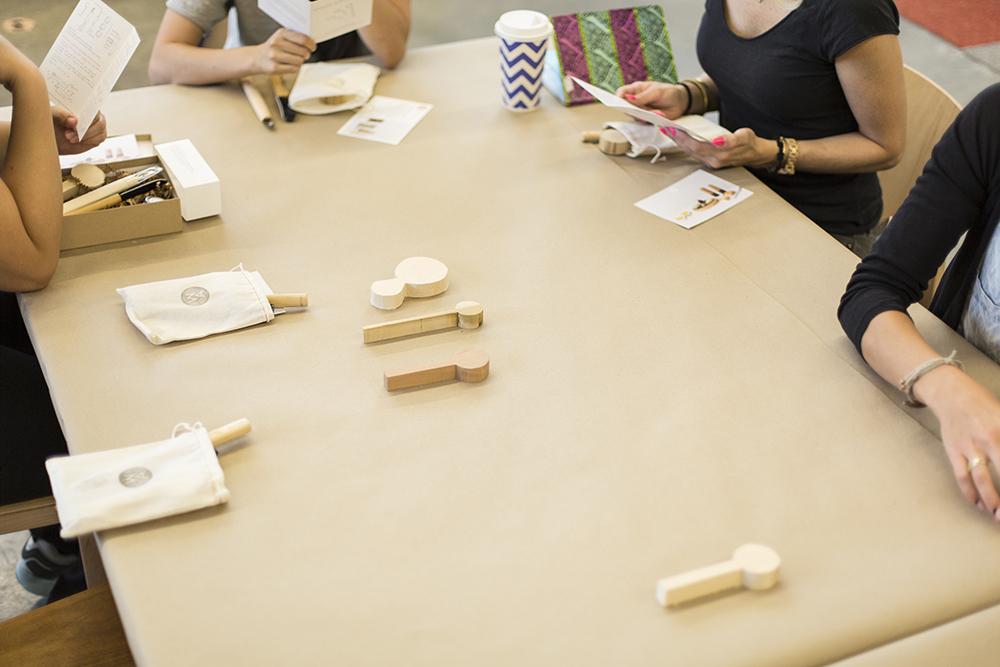 Teilnehmer-am-Tisch.jpg
