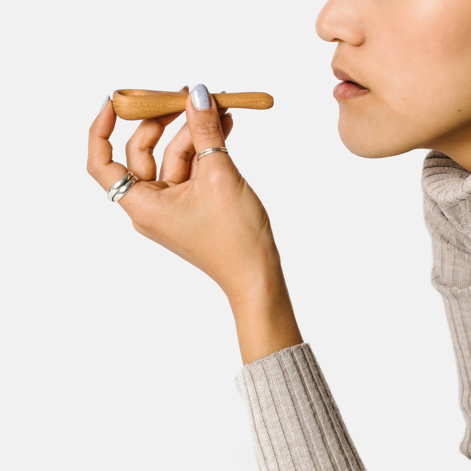Wooden Pipe With face .jpg