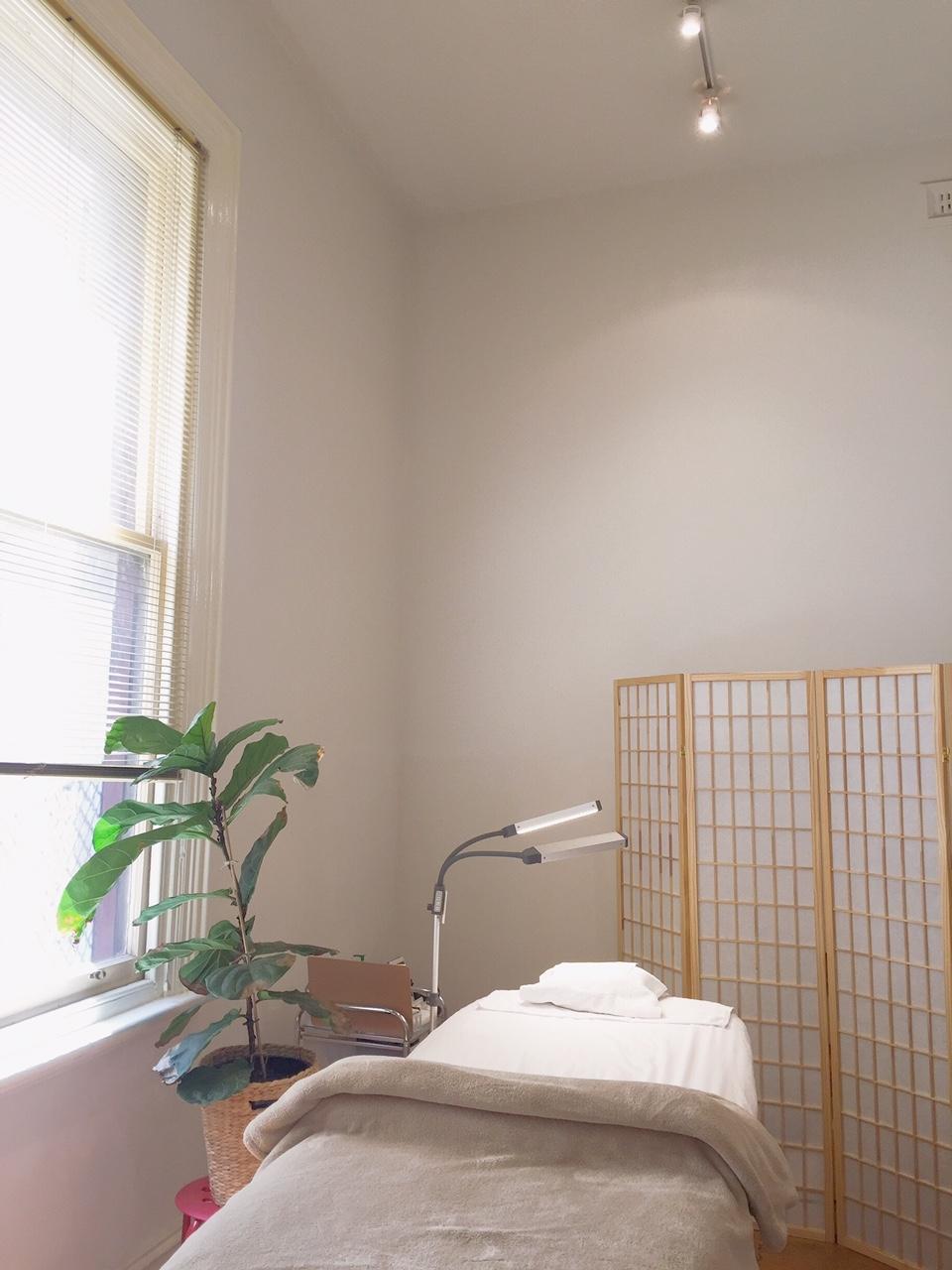 salon smaller room warmer.JPG