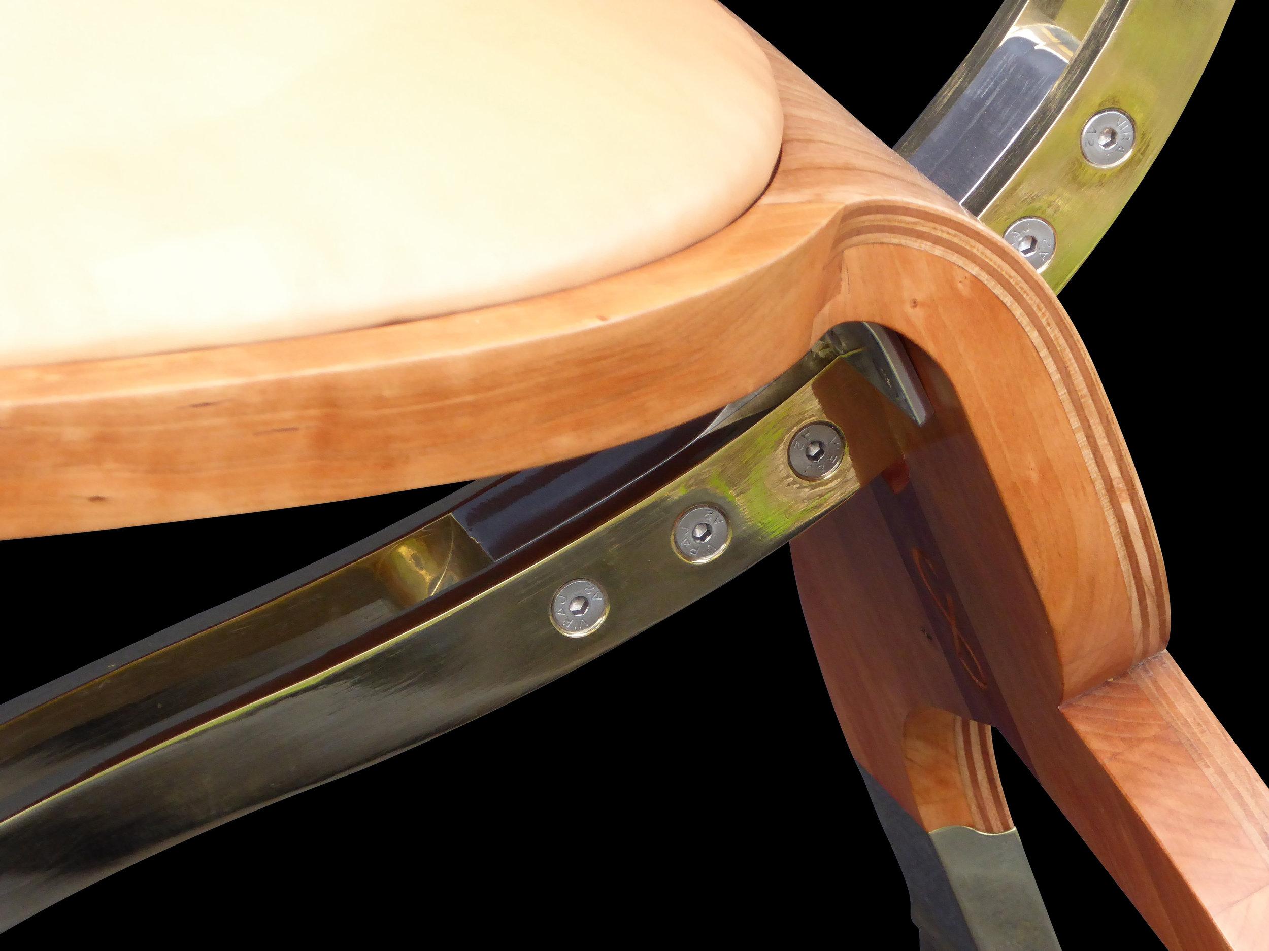 Riunióne desk chair detail