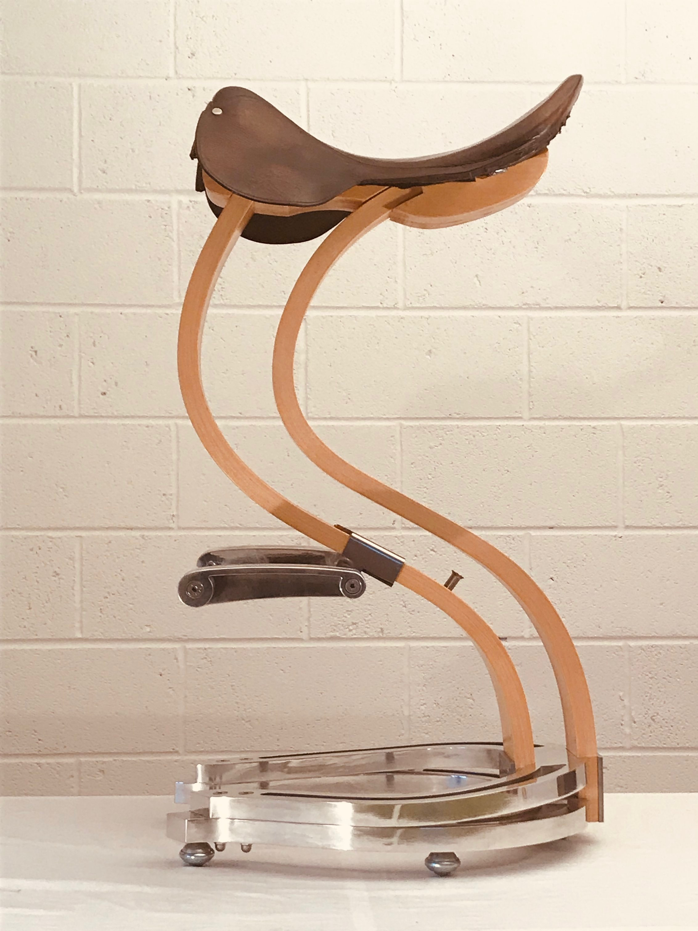 Calvalcióni stool in maple