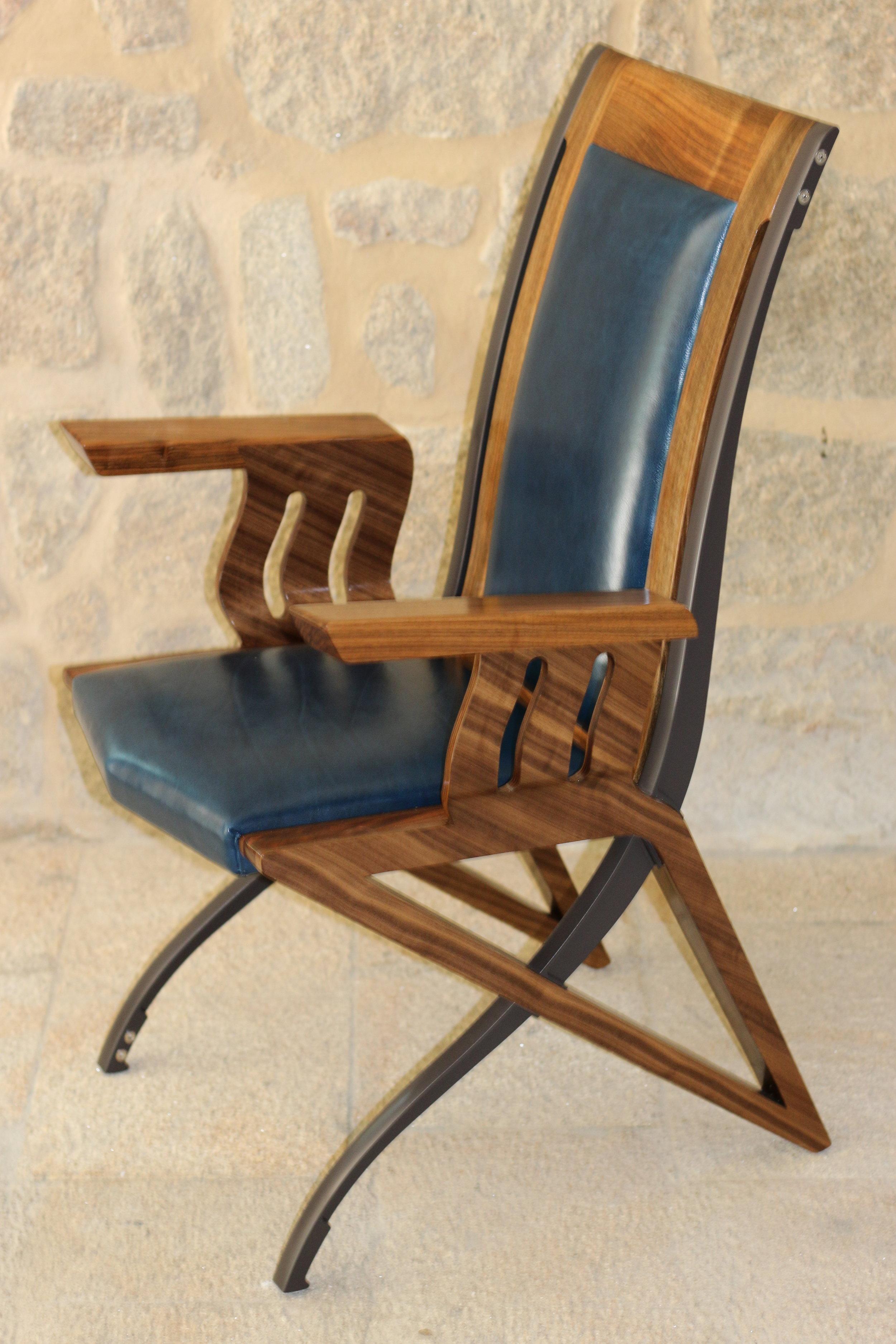 Pegasus Carver Dining Chair