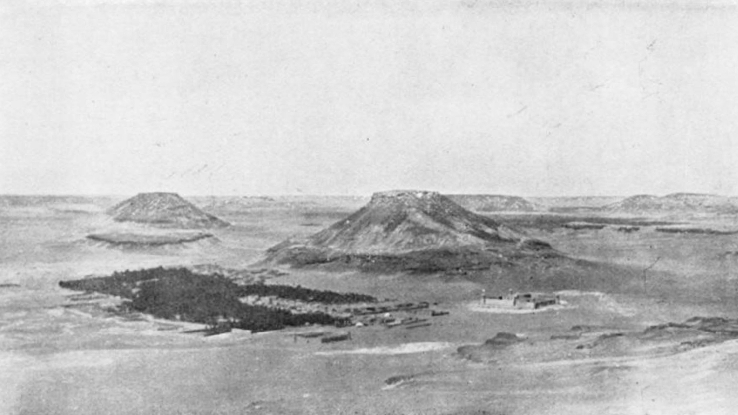 Byen Kaf i heilt nord i Wadi Sirhan vart eitt av områda Holt og Philby reiste gjennom. I 1922 låg byen under Transjordan, men nokre år seinare innelemma i det som seinare vart Saudi-Arabia.
