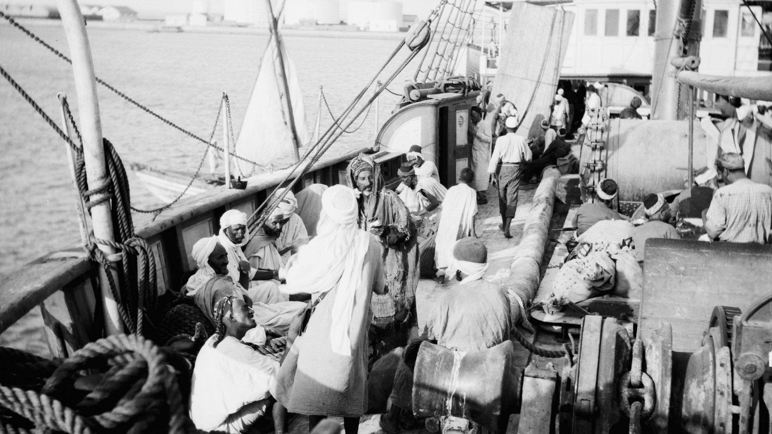 Pilegrimar på båt i Raudehavet ein gong tidleg på 1900-talet. ( Library of Congress )