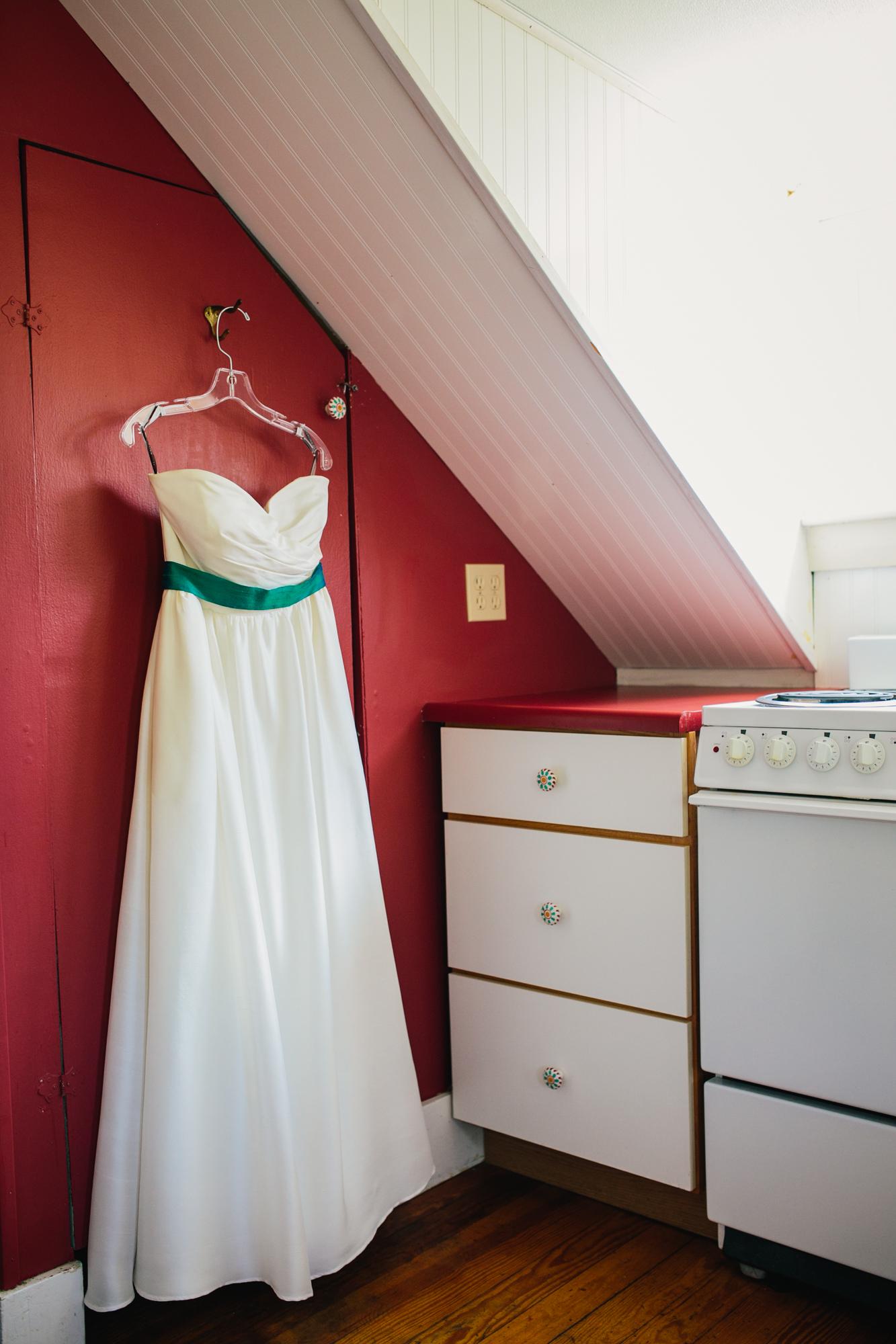 The-Shovel-Handle-Inn-Barn-Wedding-New-Hampshire-New-England-Wedding-Photography-6.jpg