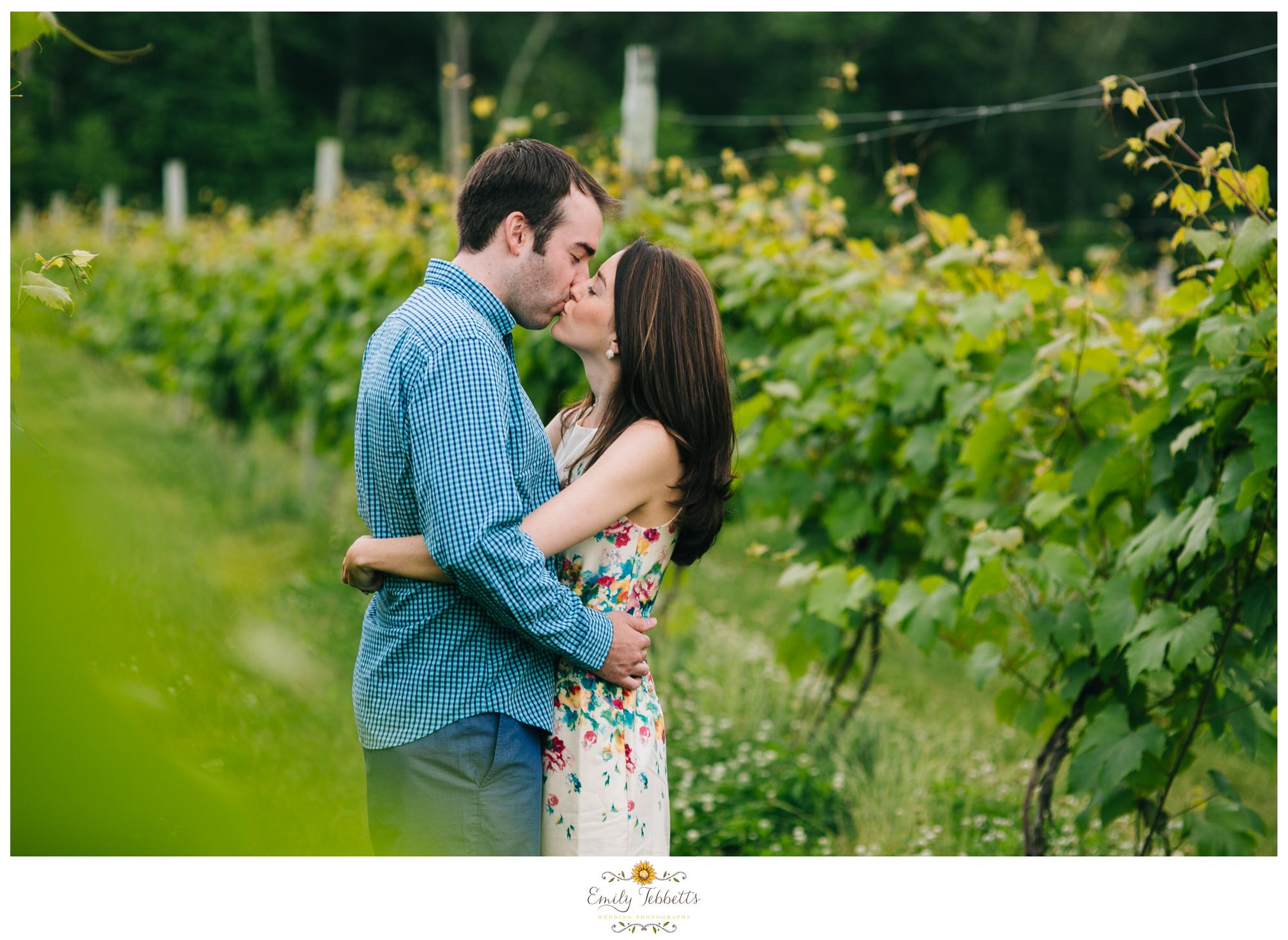 Emily Tebbetts Wedding Photography New England CT Connecticut Engagement session Vineyard