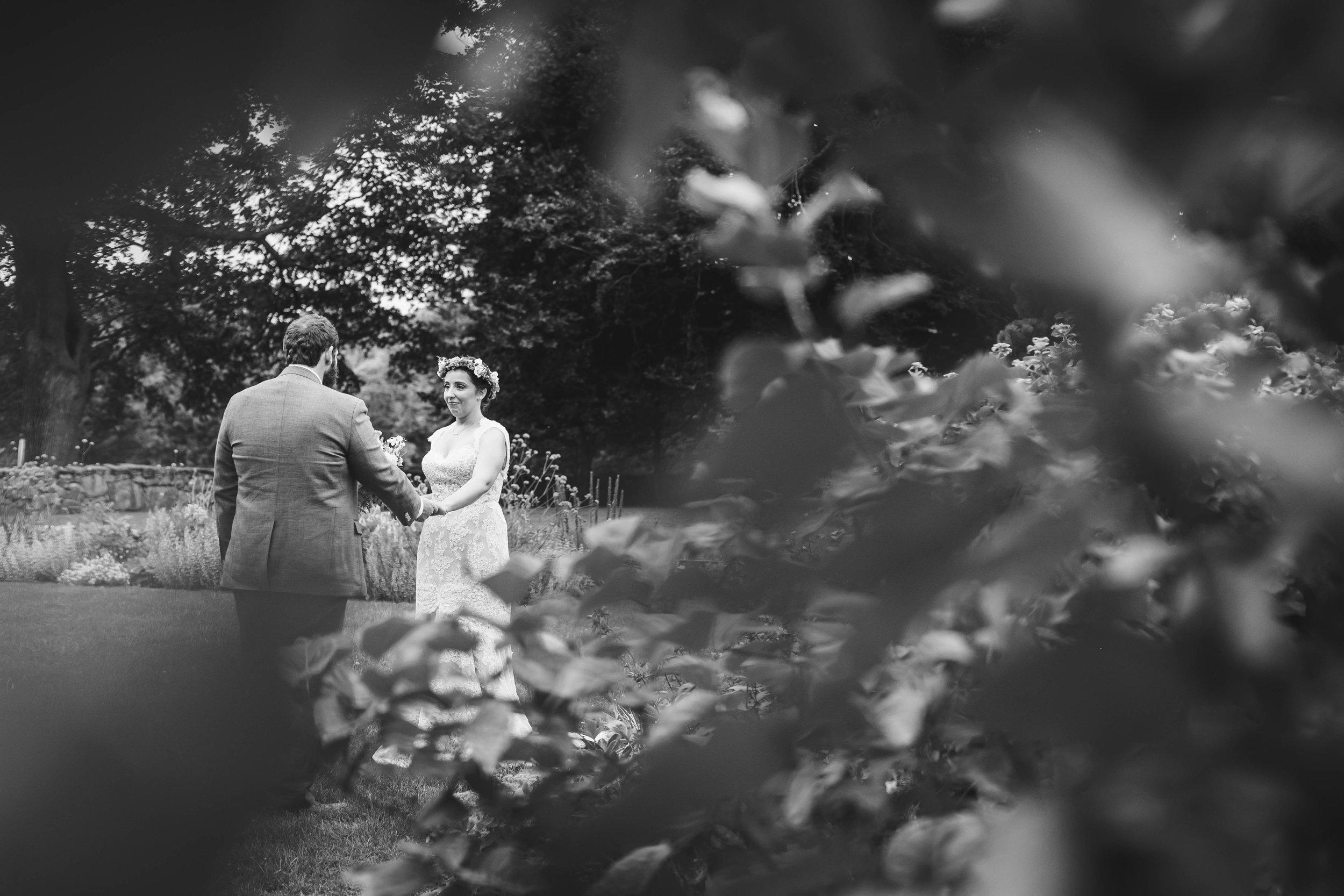 Mount Hope Farm Bristol Rhode Island RI New England Coastal Flower Crown Wedding - Emily Tebbetts Photography-4.jpg