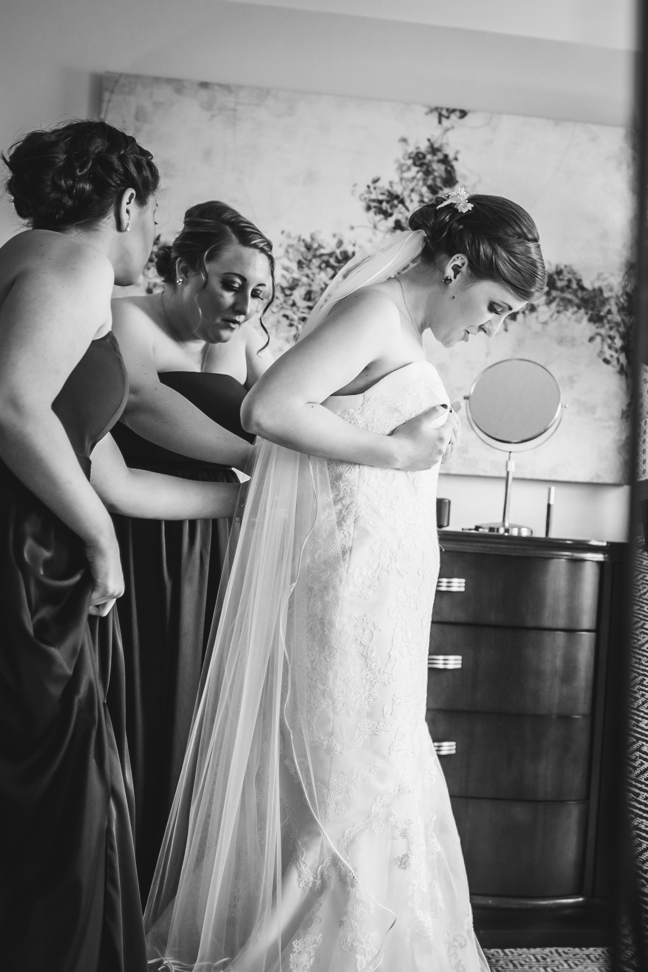 Meagan+WillWedding-EmilyTebbettsPhotography-11.jpg
