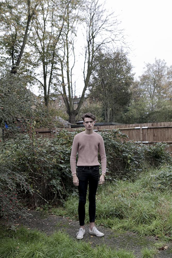 Penser trop de bien ou trop de mal du monde,   Reece, Londres, 2014