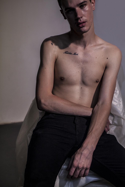 Couleur de trop tard, #01, Brieu, Paris, 2014