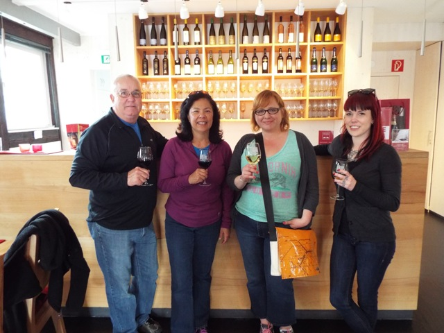 Making new friends while tasting local wine?  Yes please!