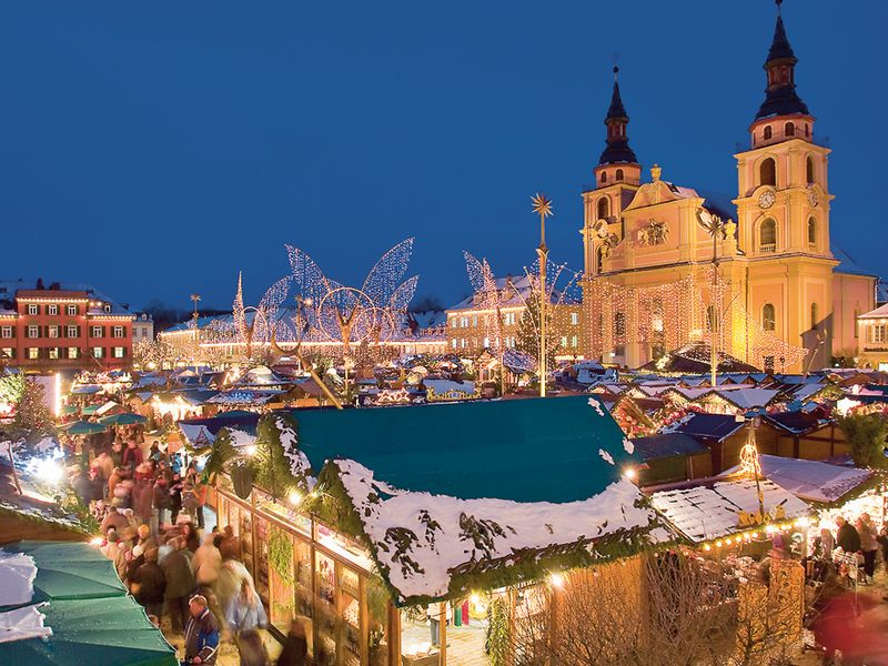 The Baroque beauty of the Ludwigsburg Market - easy to visit on my Christmas Markets tour!