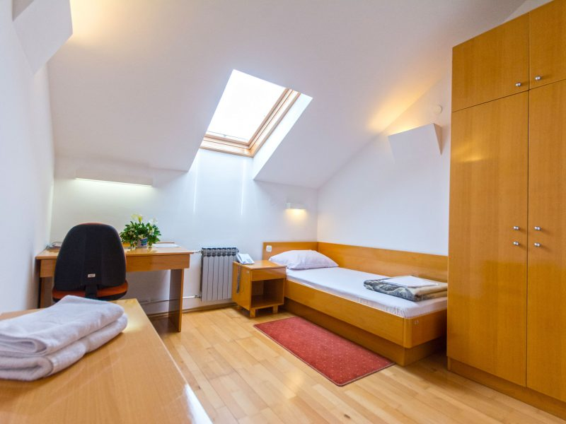 caas-residence-single-room-800x600.jpg