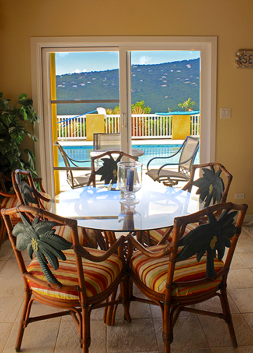 Dinning Table in Kitchen with Pool View