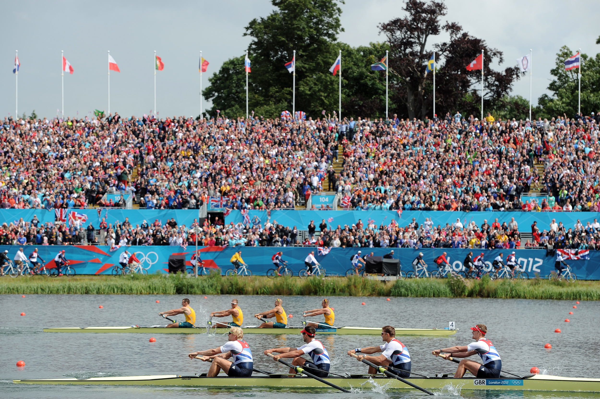 Inside the closing 250m of the Olympic final - holding them off.