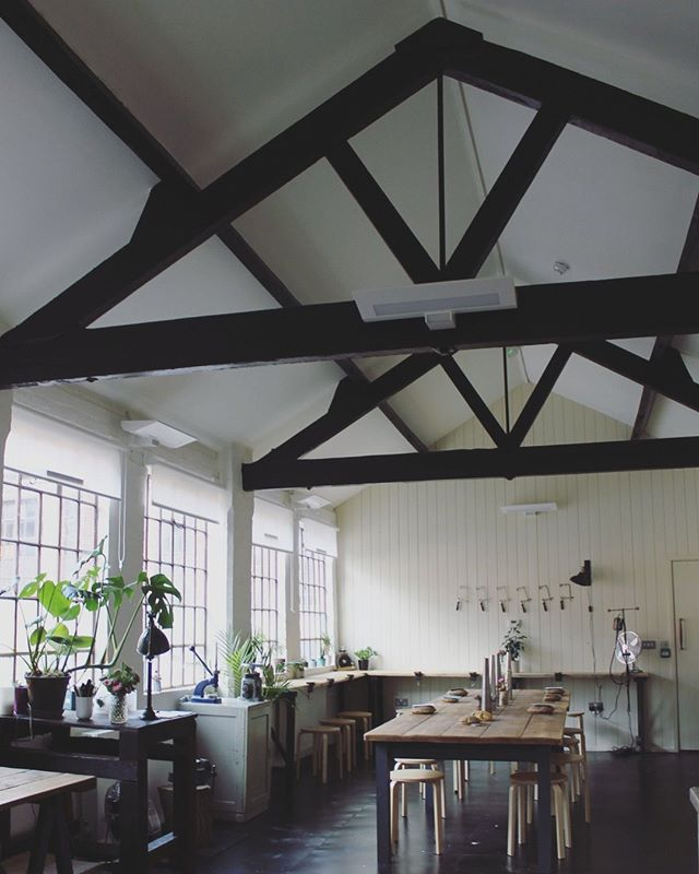 Have you seen our Loft Space Studio? this is where we hold our jewellery making classes but we can also host bespoke workshops including 𝐇𝐞𝐧 𝐩𝐚𝐫𝐭𝐢𝐞𝐬! 🎉 We have lots of room for up to 16 people to get making all within a beautiful setting. ⁣ Find out more on our website ⁣ www.thequarterworkshop.com/bespoke-workshops⁣ ⁣ #henparty #birmingham #ideas #hen #venue #workshop #thingstodo #bespoke #gettingmarried #weddingplanning ⁣ #weddingideas #hen #bridetobe #engaged #weddinginspiration #jewelleryworkshop #craft #somethingdifferent