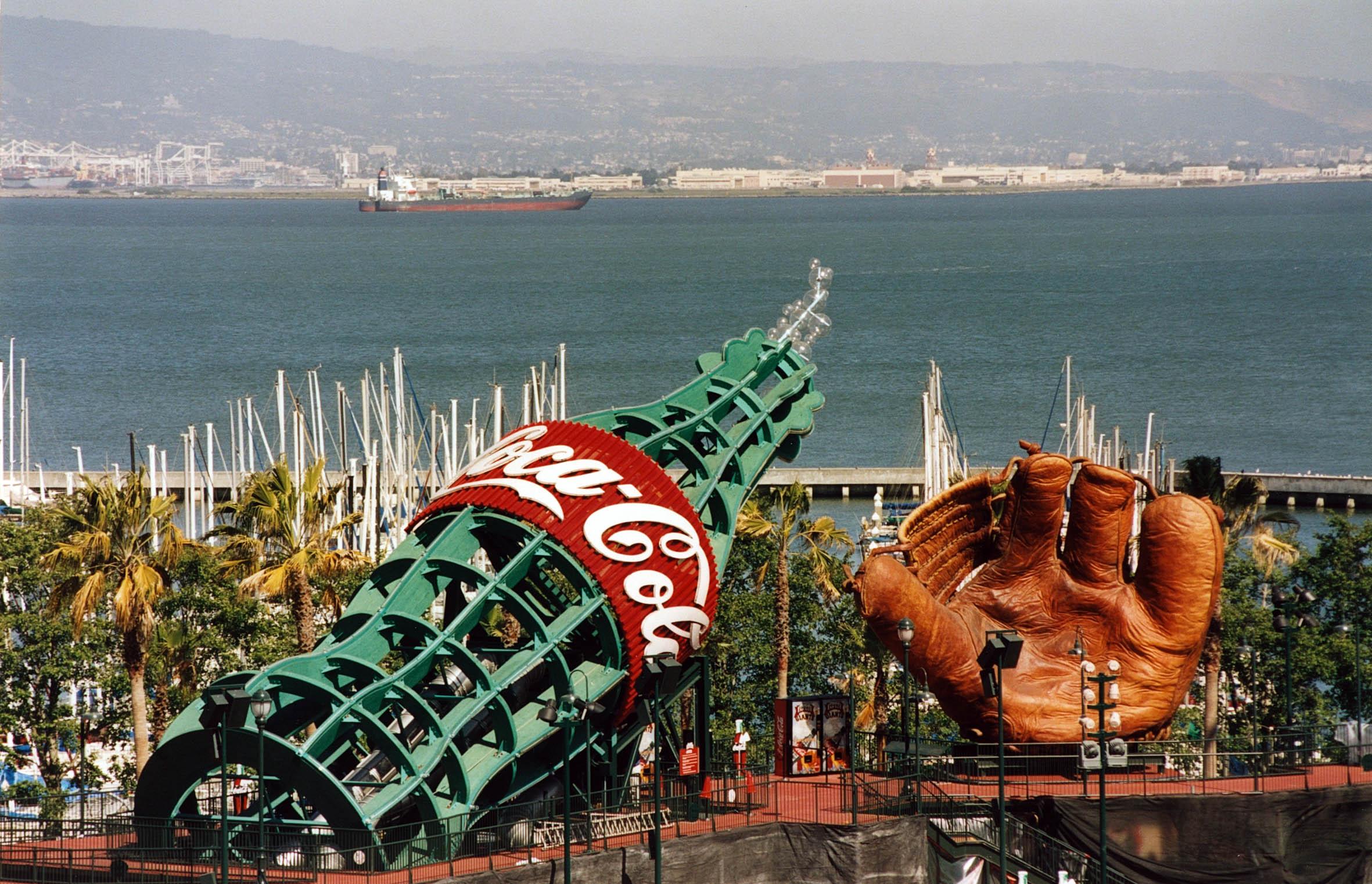 San Francisco Giants - Giant Baseball Mitt and Coca-Cola Bottle - World's Largest Baseball Glove