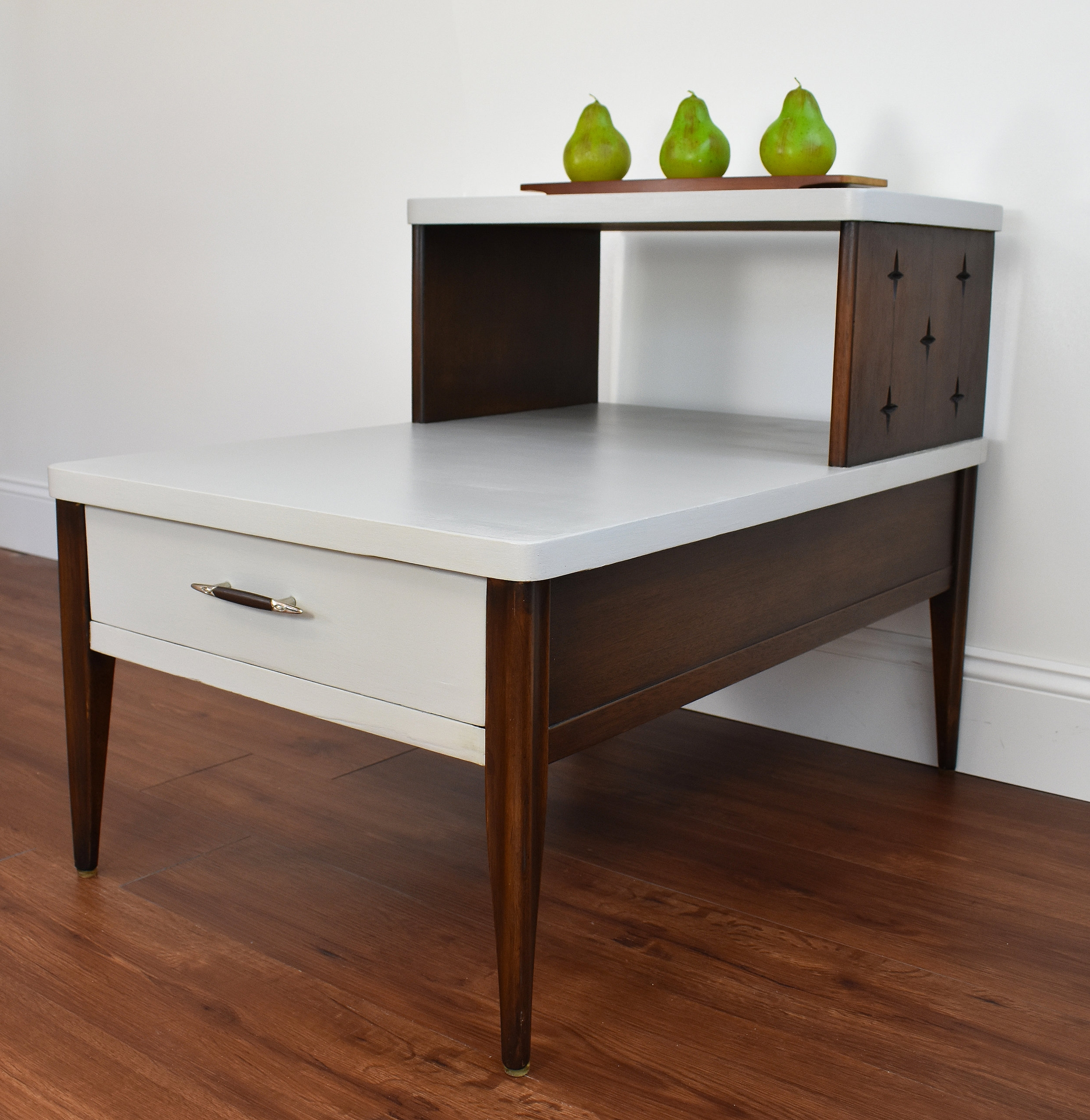 """""""After"""" view of Broyhill """"Saga"""" end table"""