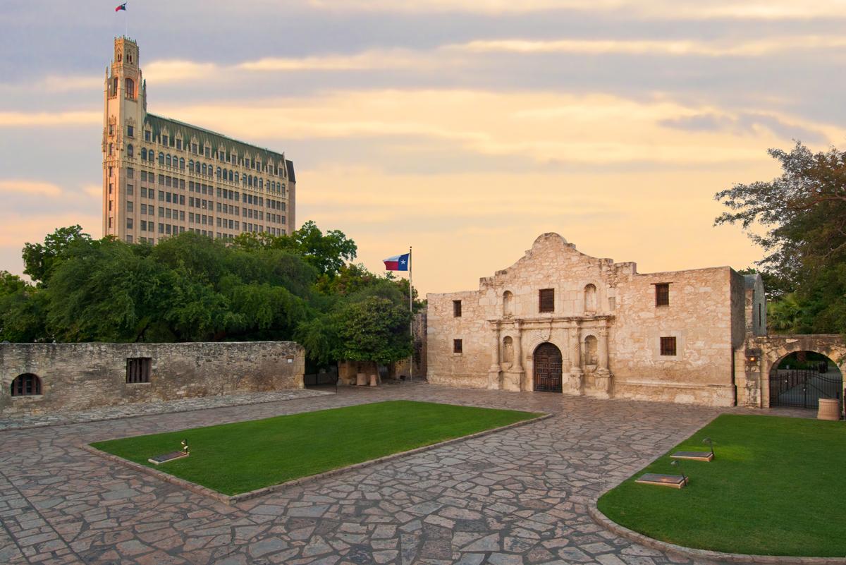 Alamo02.jpg