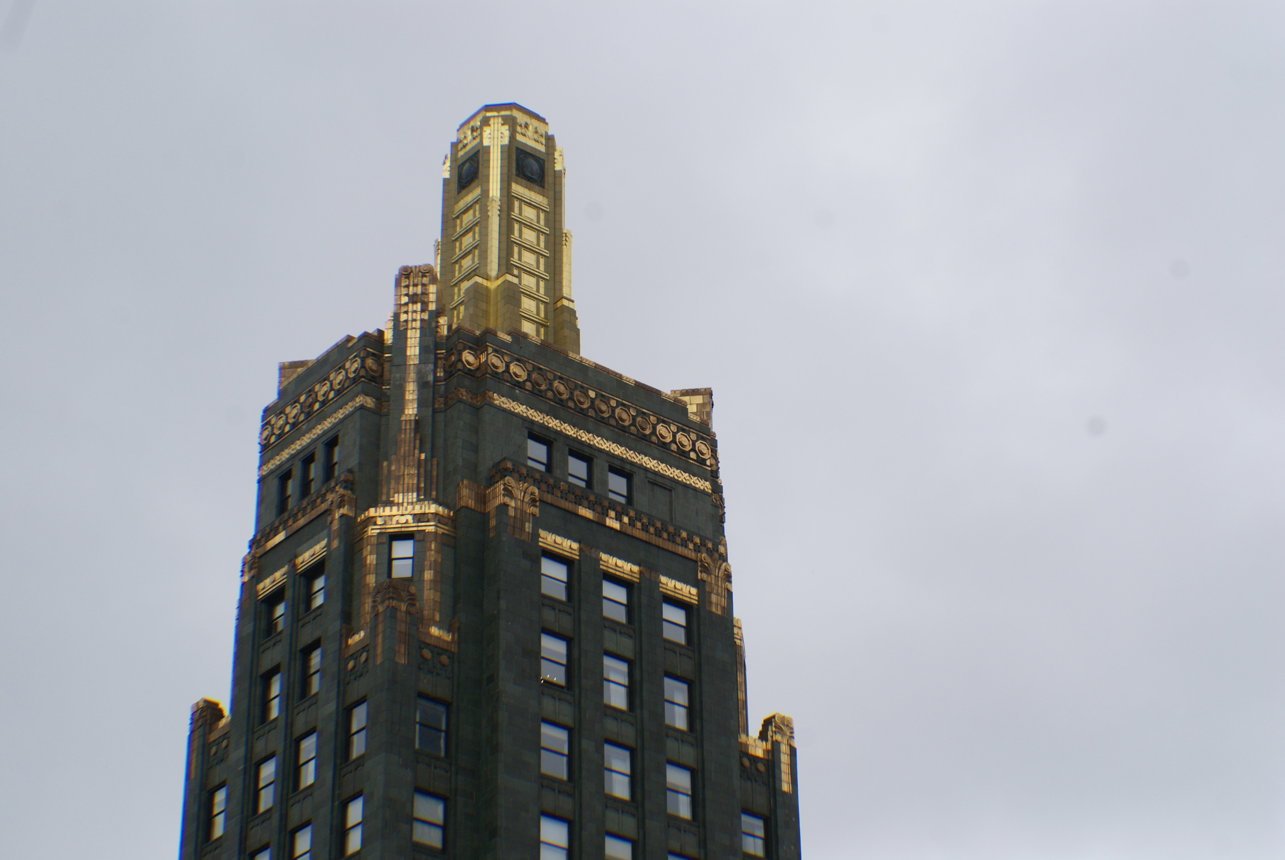 Top of the Carbon & Carbide building from the Skyline Club
