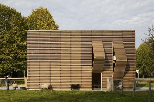 Modern-Barns-Farmhouses-Petting-farm-Uylpark-5